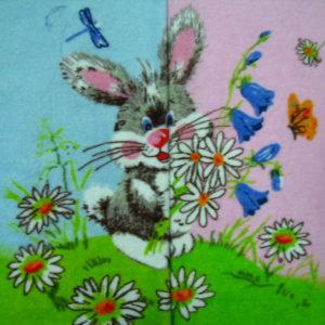 """alt= """"Салфетка заяц с ромашками"""""""